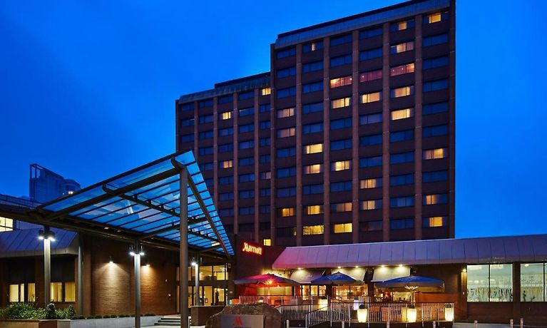 CARDIFF MARRIOTT HOTEL, CARDIFF | Family Accommodation in